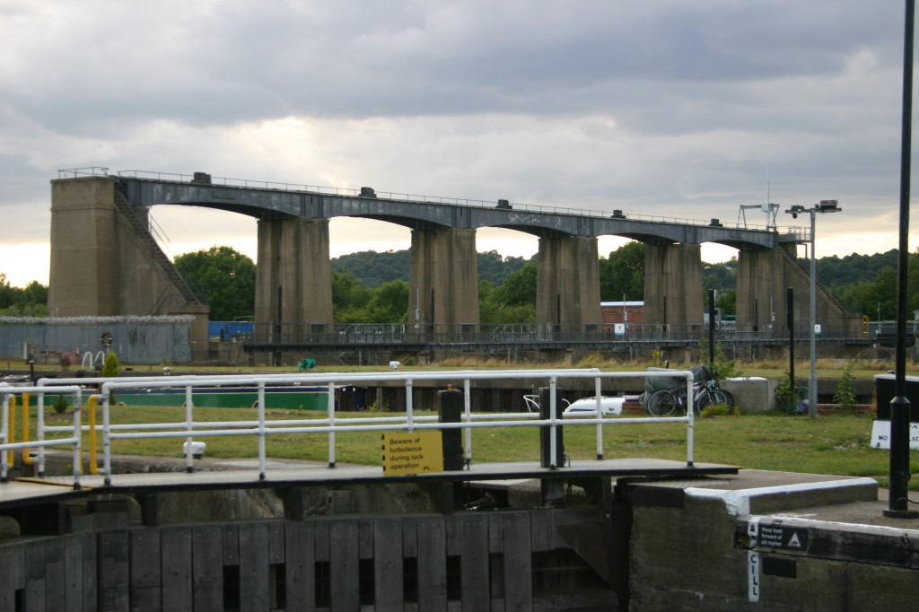 The Holme Lock Sluice